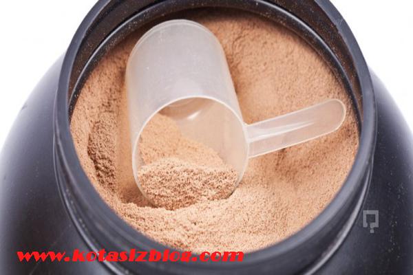 protein tozunun zararları, protein tozu kullanımı, sporcular için protein tozu